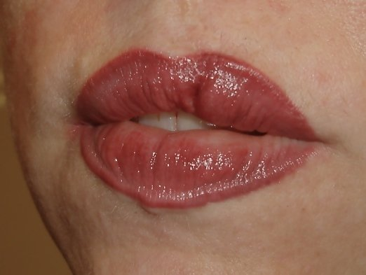 Permanent lip liner can improve the appearance for all. Elaine's artistic skill will enhance your natural beauty by restoring color or reshaping the borders of lips or balancing lips that may be too thin or too thick.